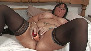 This nasty older slut can't live without to play around