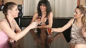 Three old and juvenile lesbian babes get it on