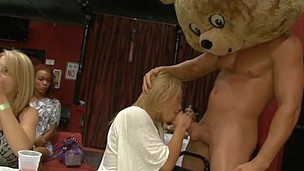 Inexperienced sweethearts are giving blowjob to athletic guys