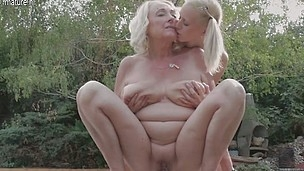 5 old and youthful lesbo babes do eachother on tap the pool